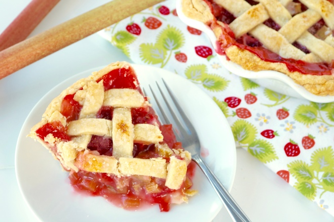 Strawberry Rhubarb Pie | A Palate For Pie